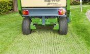 tondeuse auto portee a fleaux amazone profihopper pour l'entretien des pelouses